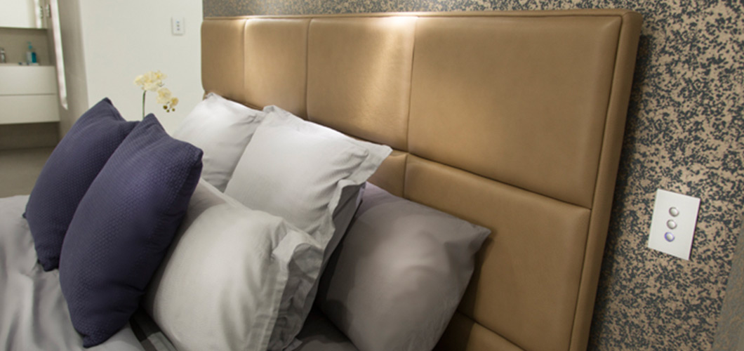 Sofa-establishment-King-Bed-2